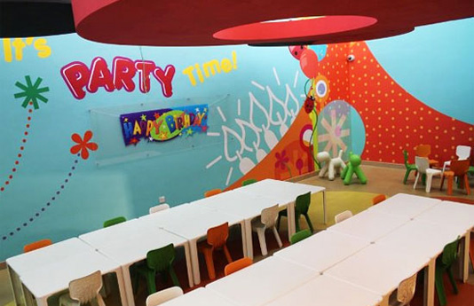 features-kidzamazepartyroom