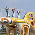 oceanpark-sculptureyellow